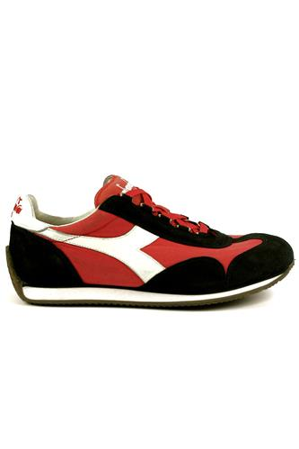 Equipe Stone Wash Ferrari Red Italy Black DIADORA heritage Sneakers fcb9d61813